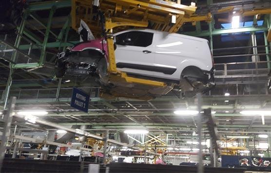 Mejora la producción española de los vehículos comerciales e industriales