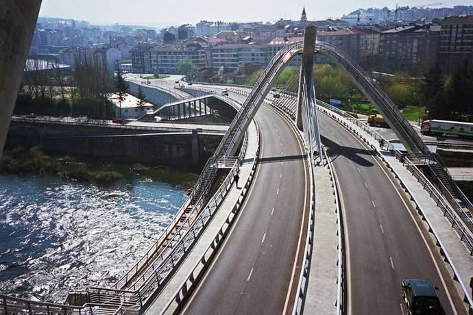 Puente del Milenio, en Ourense, estará cerrado hasta el 31 de agosto