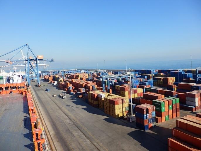 El puerto de Castellón cierra un mes histórico en tráfico de mercancías