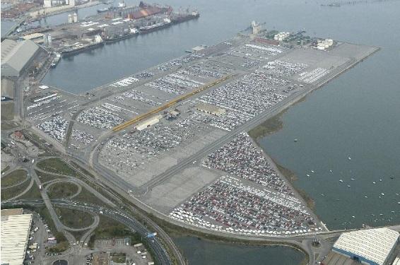 Mayor movimiento de automóviles en la historia en el Puerto de Santander