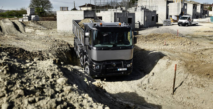 Renault Trucks aumenta su gama Optitrack
