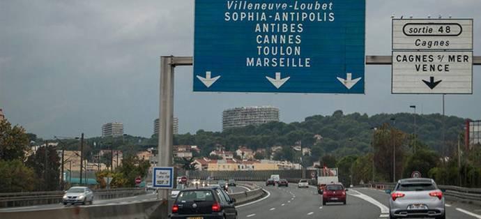 Francia decide derogar la tasa de 40 euros por cada trabajador desplazado a dicho país