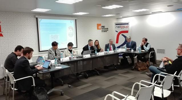 El impacto del marco normativo sobre la innovación ferroviaria, a debate