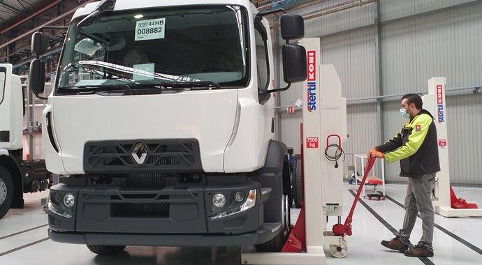 Apertura de centro de adaptación industrial de Renault