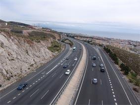 La DGT levanta las restricciones a camiones en los próximos dos puentes