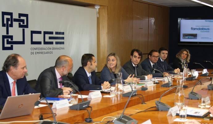 Fandabus se reúne con la Consejera de Fomento e Infraestructuras