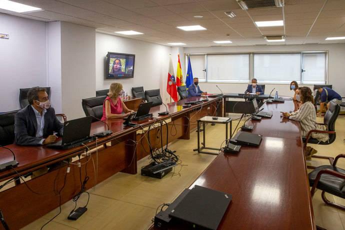 Revilla priorizará área logística La Pasiega en proyectos que presentará a la UE