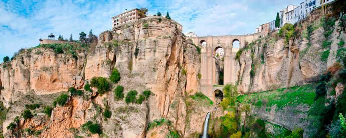 Busmatick Group llega a la ciudad malagueña de Ronda