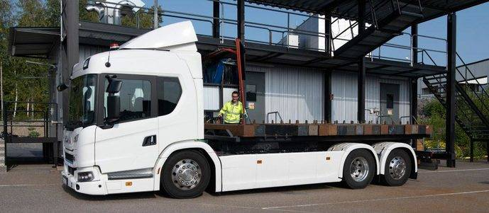 Scania invierte más de 115 millones de euros en una planta de montaje y un laboratorio de baterías