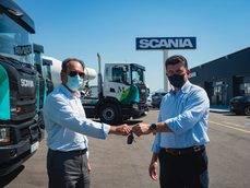 La entrega de los vehículos en Asturias.