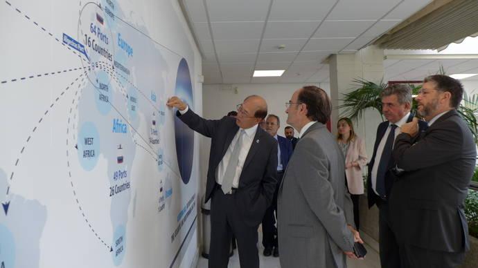 El secretario general de la OMI realiza una visita al Puerto de Algeciras