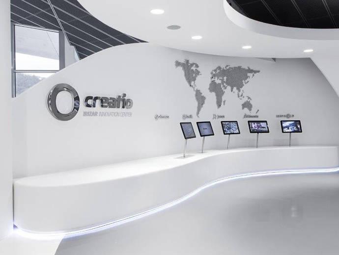 DuPont Corian moldea la nueva sede de Irizar