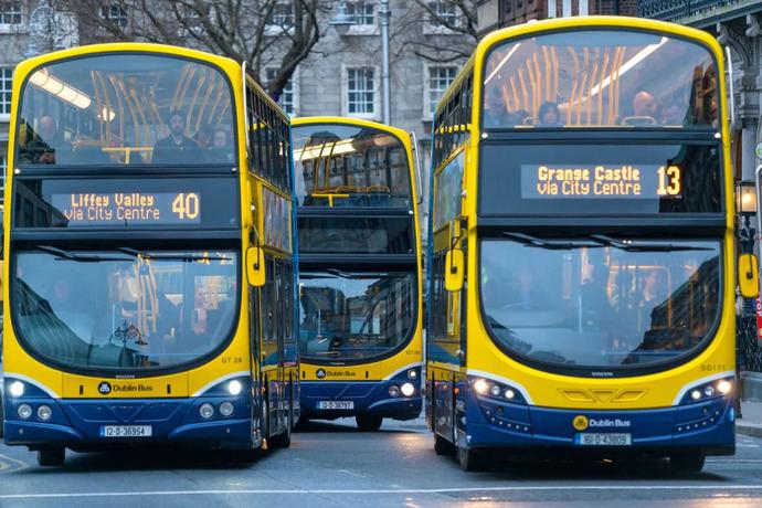 Dublín prueba buses propulsados por hidrógeno