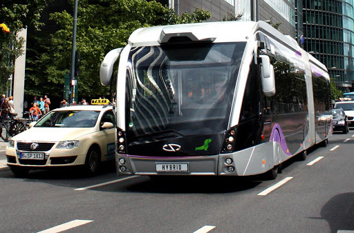 Varsovia realiza un pedido a Solaris de 70 buses GNC
