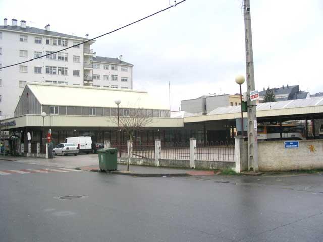 La Xunta inicia las actuaciones de reparación y mejora de las instalaciones de la estación de autobuses de Monforte de Lemos