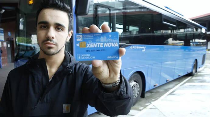 Los menores de 21 años del área de Pontevedra y de la provincia de Ourense ya pueden viajar gratis en el transporte público de la Xunta, con la Tarjeta Xente Nova