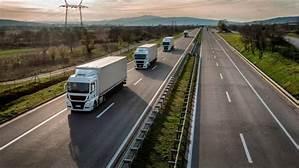 El Parlamento aprueba definitivamente la Ley que multará pagar a más de 60 días a los transportistas