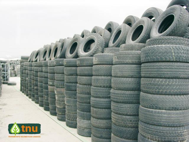 TNU reduce para 2016 costes gestión de neumáticos fuera de uso