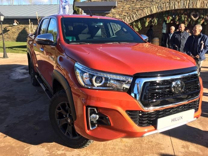 Toyota presenta su línea renovada de vehículos comerciales