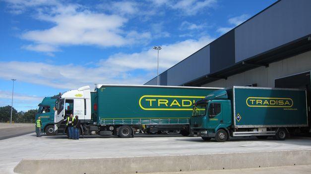 Transportistas de Tradisa inician una huelga indefinida