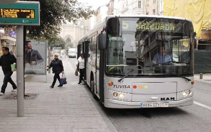 Adquiridas 17 nuevas rampas de acceso para los autobuses de Tuvisa