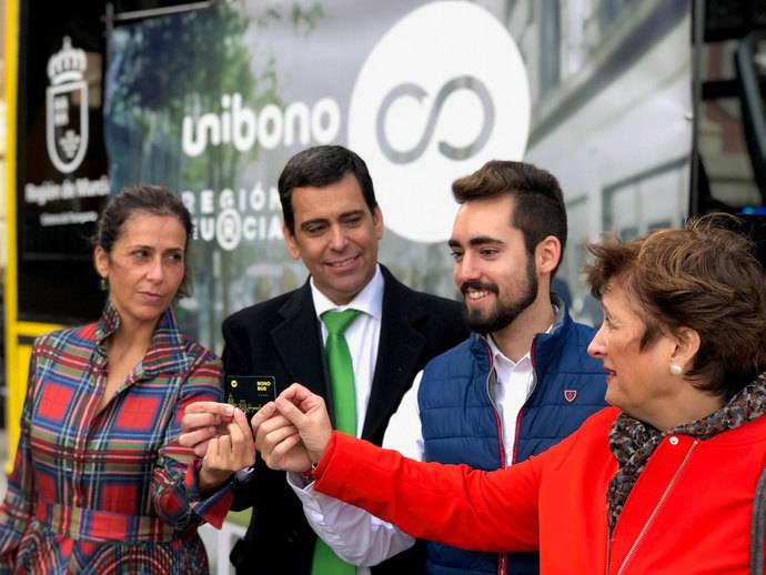 Murcia fomenta el transporte público entre estudiantes