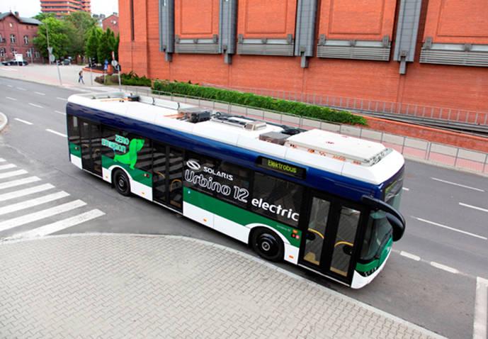 El Solaris Urbino 12 eléctrico llega a París, donde estará dos meses a prueba