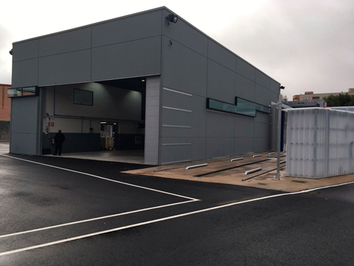 Vectalia inaugura instalaciones del autob s de c ceres for Oficina de empleo caceres