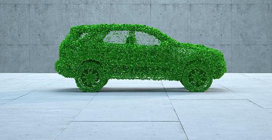 El uso de vehículos sostenibles crece en España, mientras se desploma el transporte público