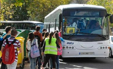 14,3 millones para acompañantes de transporte escolar