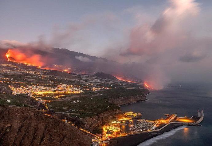 Continental ayuda a los afectados por el volcán de La Palma