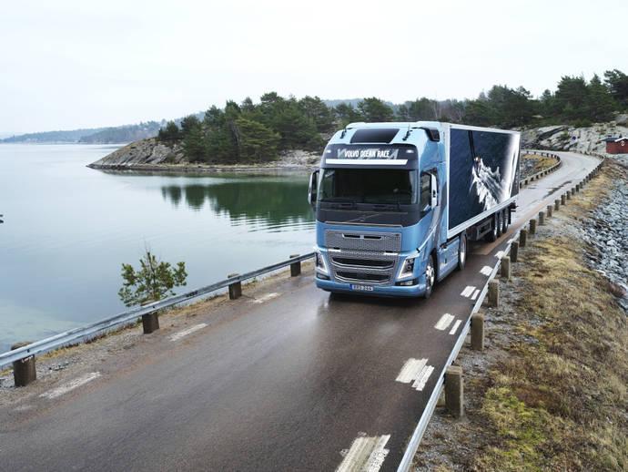 Volvo FH y Volvo FH16 disponibles en una nueva versión exclusiva
