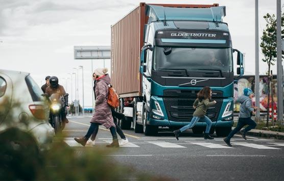 La nueva gama de camiones de Volvo Trucks potencia aún más la seguridad