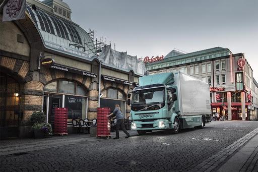 Europa aprueba ayudas para camiones diésel y el Gobierno español aún duda