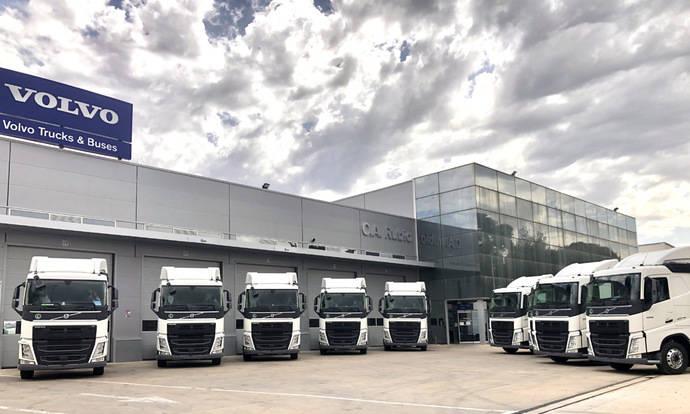 Volvo Trucks entrega 60 tractoras con el sistema I-Save a Acotral