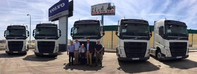 Diez Volvo FH 460 para Avitrans Urgente en megacamión