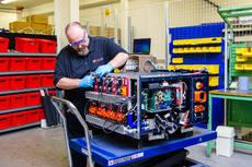 Allison trabaja en el desarrollo de las baterías de ion-litio