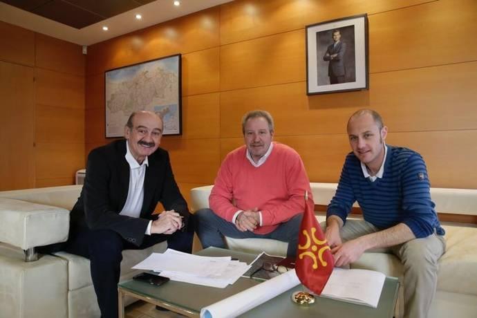 El Gobierno de Cantabria licitará en dos meses la reforma de la carretera que une el Valle del Pas y el del Besaya
