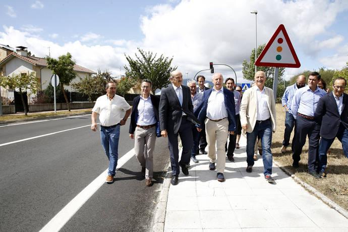 Cantabria termina las obras de mejora de la carretera Nestares-Villar