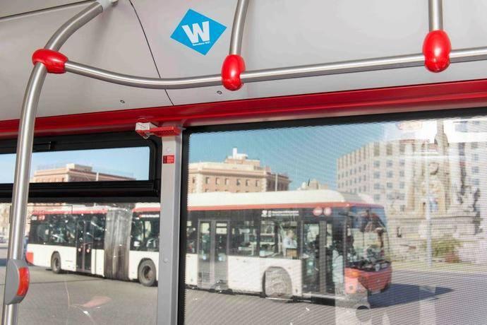 Recta final del despliegue del WiFi público en la flota de autobuses de TMB