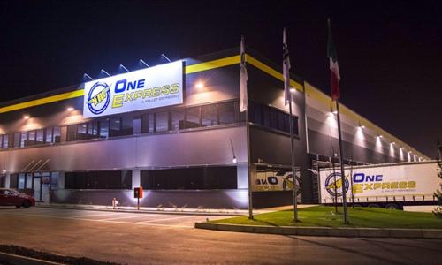OneExpress elige Wtransnet para crear una bolsa de cargas privada