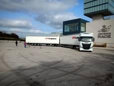 XPO Logistics muestra al público su primer dúotrailer en España
