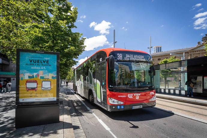 Zaragoza incentiva el uso del transporte público