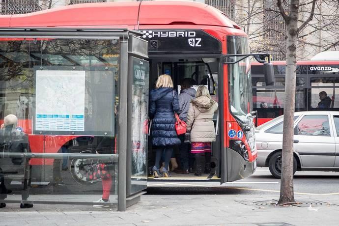Zaragoza incorpora buses eléctricos al aeropuerto