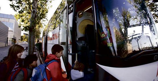 Asturias debate sobre la posibilidad de modificar los criterios para el acceso al transporte escolar gratuito