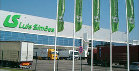 El operador logístico Luis Simoes conmemora sus 65 años con un aumento de su capital social a 30 millones de euros