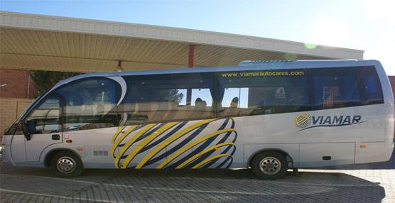 La empresa de soluciones en movimiento Unvi entrega dos autocares 'COMPA T' a Viamar
