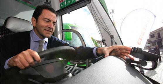 Seis líneas del noroeste madrileño estrenan autobuses interurbanos con sistema antifatiga del conductor