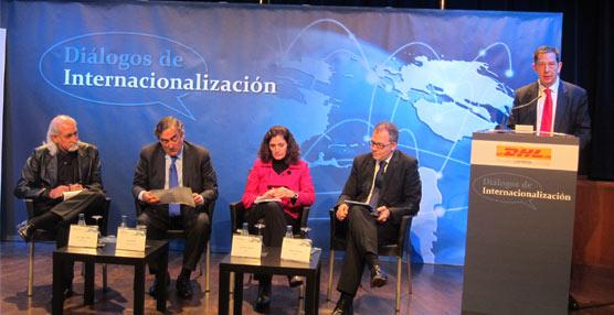DHL patrocina nuevamente los Diálogos de Internacionalización y celebra el primero en Casa de América
