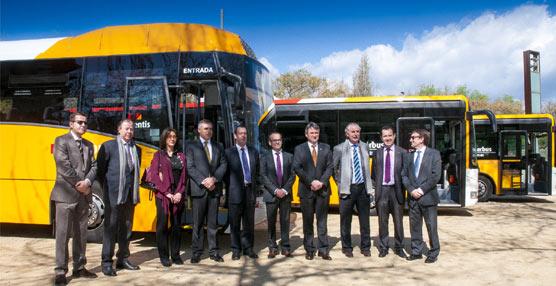 empresa casas incorpora tres autobuses para reforzar las